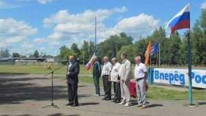 Трудовые коллективы Володарского района Брянска показали спортивную удаль