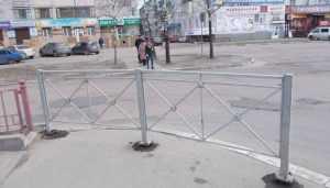 В Брянске водитель пригрозил давить пешеходов на закрытом переходе у БУМа