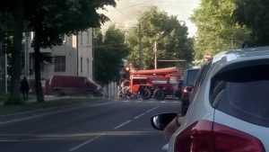 Пожар в центре Брянска парализовал движение