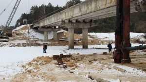 Брянский губернатор приказал каждые 10 дней сообщать о ремонте моста