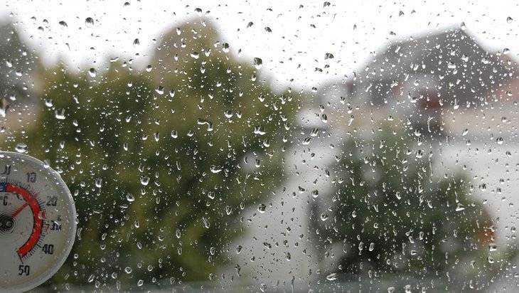Вторая половина лета будет холодной и дождливой