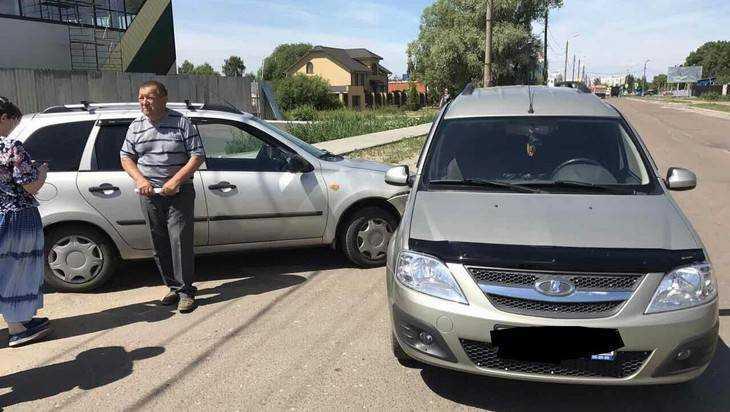 В Брянске водители столкнувшихся «Лад» согласились на европротокол