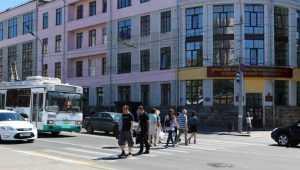 Мэр Брянска Макаров лично примет решение о переходе на площади Ленина
