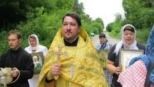 В брянском селе провели Боголюбский крестный ход