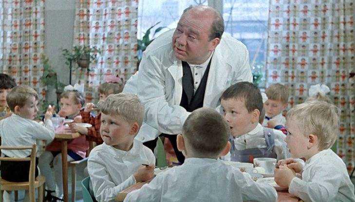 Брянский прокурор защитил от чиновников поставщика продуктов в детсад