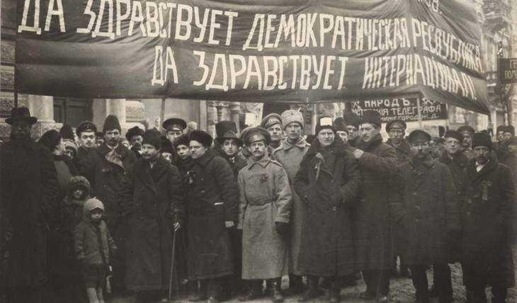 Революционеры стали вытеснять в Брянске торговлю алкоголем