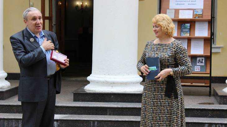 В брянском музее «Овстуг» открылась выставка скульптора Алексея Кобилинца