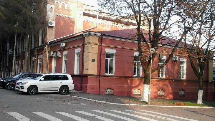 В Брянске начали реконструкцию Винного замка 1901 года постройки
