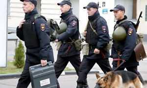 В Брянске территорию у школы на улице Ермакова оцепили из-за угрозы взрыва