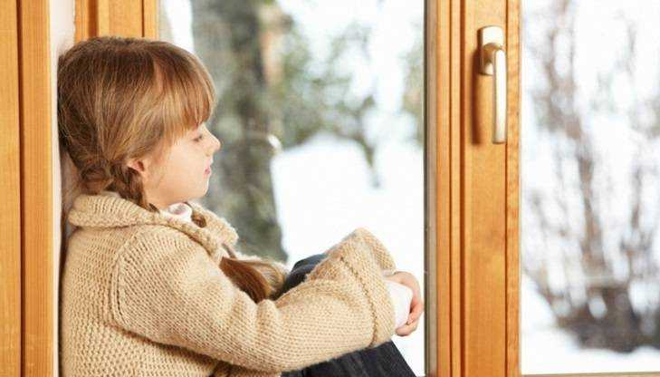 Брянцам предложили взять в семью 5-летнего Максима и его маленьких сестёр