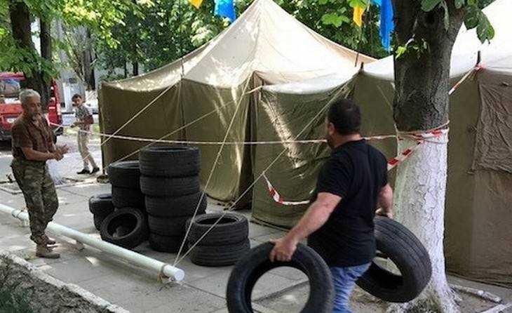 Украинцы начали войну против крымских татар
