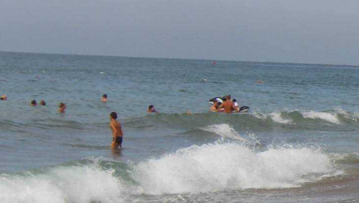 Опасные бактерии обнаружены в морских водах 10 процентов российских пляжей