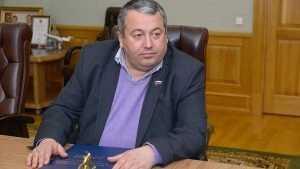Митрополит наградил брянского бизнесмена Хвичу Сахелашвили медалью