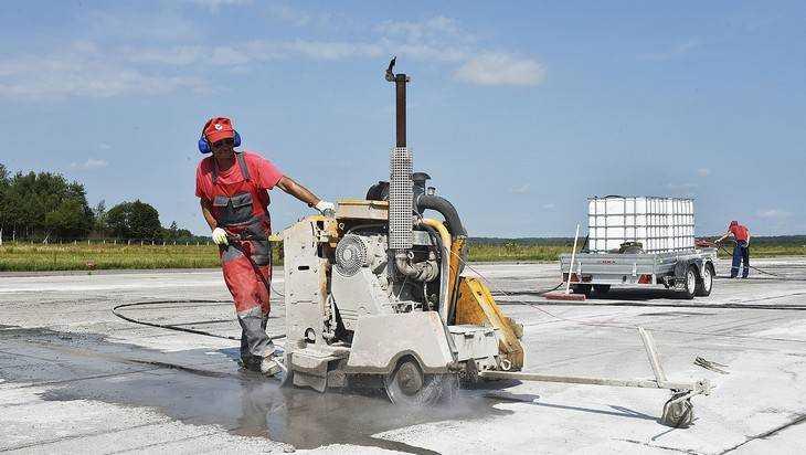 Аэропорт «Брянск» обновит взлетно-посадочную полосу за 13,5 миллиона
