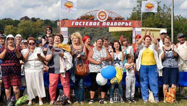Писатель Александр Проханов поразился чудесами брянской ярмарки