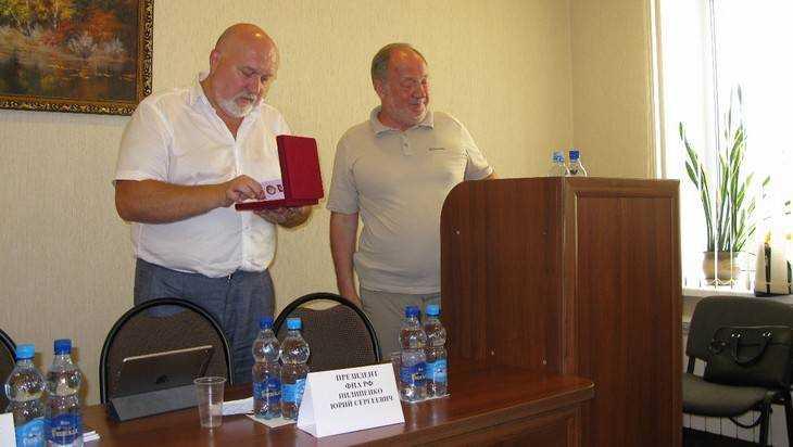 Главному брянскому адвокату вручили орден за верность