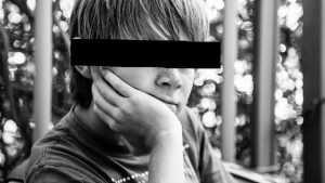 В Брянске 19-летний парень изнасиловал подростка
