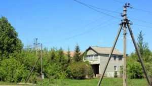 Лишённые электричества брянские дачники обвинили поставщика в вымогательстве