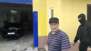 Полиция обнаружила на брянской автомойке троих нелегалов