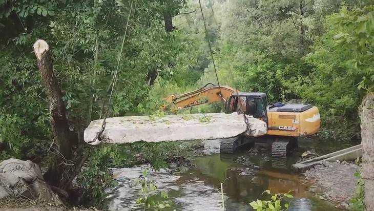 Брянцы отчитались видеосюжетом о строительстве моста в Белых Берегах