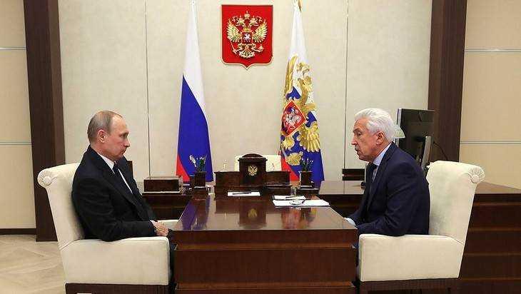 Путин поддержал идею о проверке обращений обманутых дольщиков