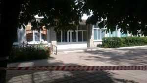 В Брянске из пятой поликлиники эвакуировали людей из-за угрозы взрыва