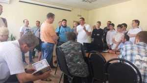 В Брянске на ярмарке вакансий из 140 человек пошли в рабочие 5 человек