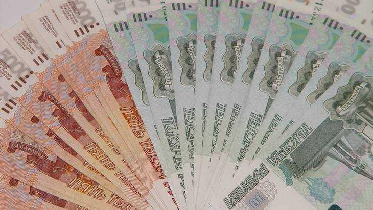 Жители Брянска в 2017 году стали чаще брать займы и кредиты