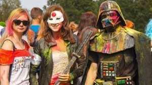В Брянске подростки напугали и повеселили друг друга на фестивале «Ничоси»