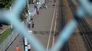 За сбитую поездом бабушку брянцы получили 150 тысяч рублей