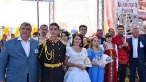 В Брянске хлебосольной Свенской ярмарке порадовались 120 тысяч человек