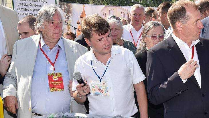 В Брянске писателя Проханова со Свенской ярмарки увезла «скорая»