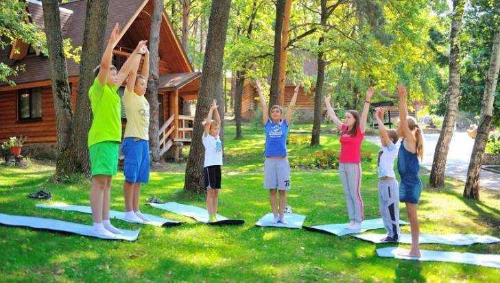 В летних лагерях Брянской области отдохнули более 50 тысяч школьников