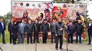 В Брянске прошла первая военно-спортивная игра «Юнармейский кросс воина»