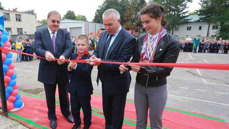 В пригороде Брянска открылись еще две спортивные площадки