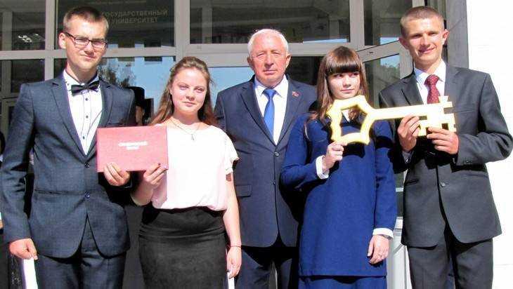 Брянский университет даст шанс смоленским студентам
