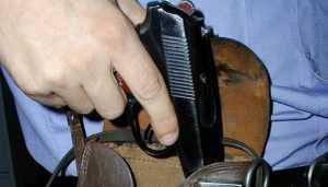 В Брянске осудили агрессивного уголовника, которому гаишник прострелил ногу