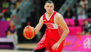 Брянец Фридзон и его команда сразятся за выход в финал Евробаскета-2017