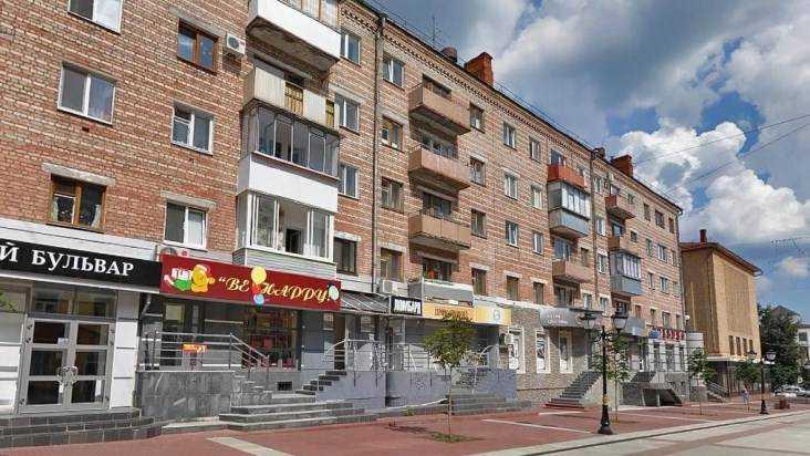 В Брянске дом на бульваре Гагарина оцепили из-за странной коробки