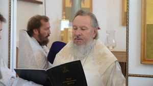 В Брянске Митрополит Александр освятил Благовещенский храм