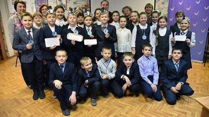 В Брянске открыли шахматный клуб «Ход конём»