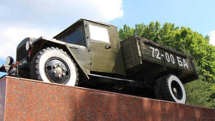 Трассу от Брянска в сторону Карачева парализовали гигантские заторы