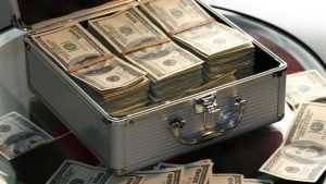 Российские компании набили кубышку наличной иностранной валютой