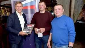 Виктор Гринкевич вручил призы лучшим брянским гонщикам летнего ралли-спринта
