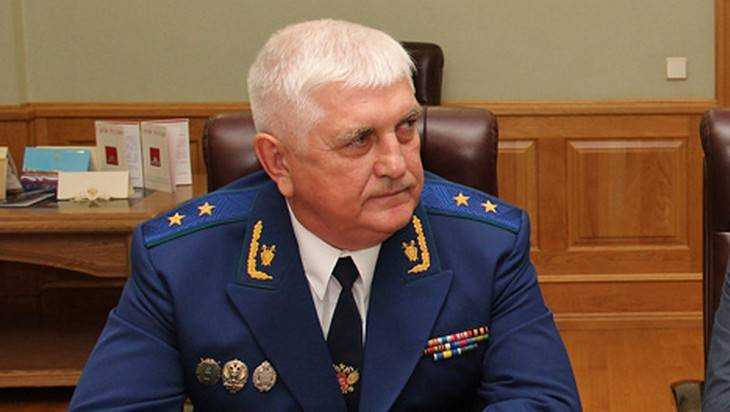 Прокурор Войтович разобрался с долгом Брянского фанерного комбината