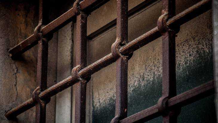 Убивший таксиста 25-летний брянец получил 17 лет колонии