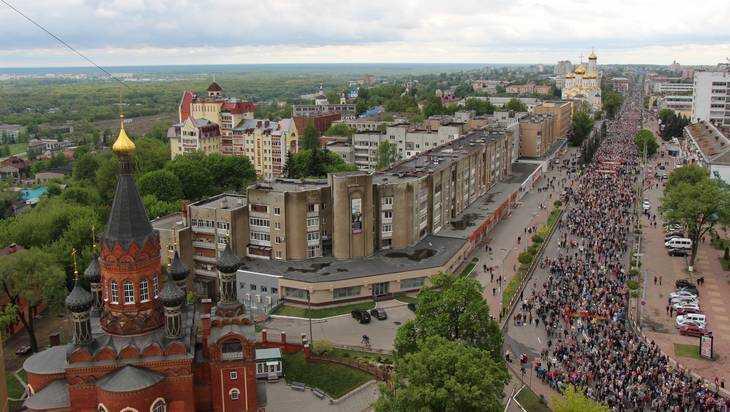 Историки свели снимки военного Брянска и современного