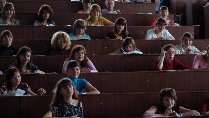 Брянские вузы остались без студентов-юристов