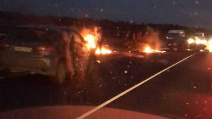 В ДТП со сгоревшей «Газелью» под Брянском пострадала 32-летняя женщина
