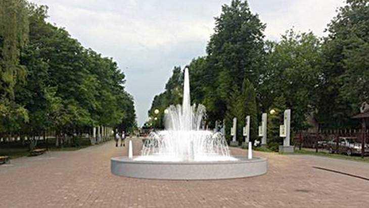 В Унече начали строить фонтан света
